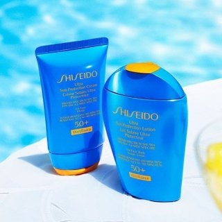 $34.61Shiseido Ultimate SPF 50 Sun Protection Lotion Wet Force Broad Spectrum 3.3 oz