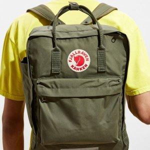 $79.99(原价$110)+免邮Urban Outfitters 北极狐双肩包特价