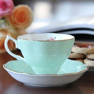 $14Royal Albert Polka Rose Formal Vintage Teacup and Saucer Boxed Set