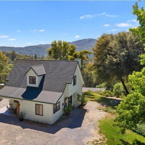 $149/NightHillside Cottage Near Bass Lake and Yosemite