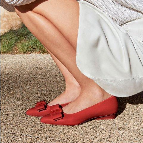 低至2.5折 老花福乐鞋$299Salvatore Ferragamo 时尚闪购 人手必备蝴蝶结单鞋$244