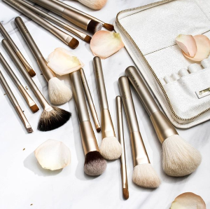 $15.99 + Buy 3 Get 12% Off Makeup Brushes @ Eve By Eves