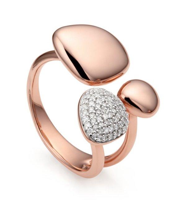 精致钻石戒指