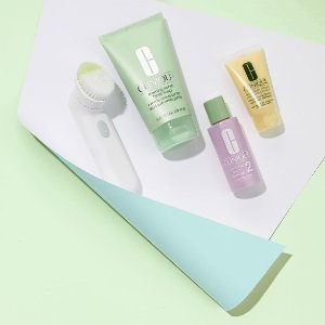 Free 7-Piece GiftWith Any $28 value set purchase @ Clinique
