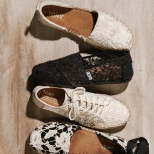 Up to 50% OffSurprise Sale @ TOMS