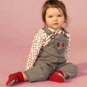 Up to 70% OffStella McCartney Kids Clothing Sale @ AlexandAlexa