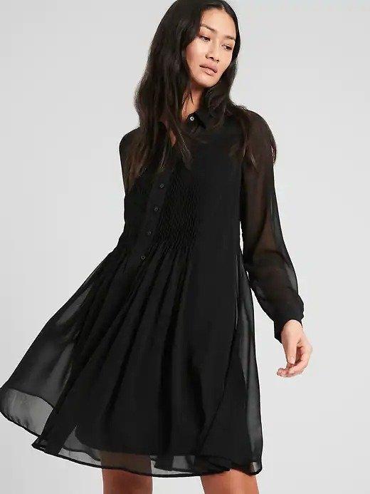 黑纱连衣裙