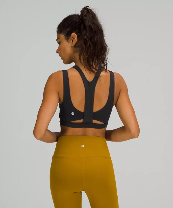High Neck Y-Back 运动内衣 *Medium Support, C/D cups
