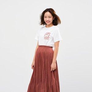 Uniqlo草莓T恤