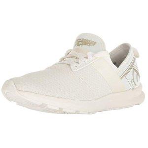 $24.61New Balance FuelCore 女款运动鞋 5码