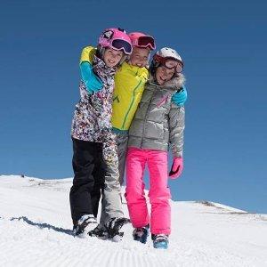 低至4.6折 威廉王子的滑雪服就是SpyderSpyder 高端儿童滑雪服饰品牌优惠 美国、加拿大滑雪队都穿