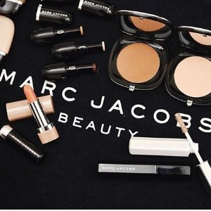 25% off Sitewide + Free ShippingMarc Jacobs Cyber Monday Beauty on Sale