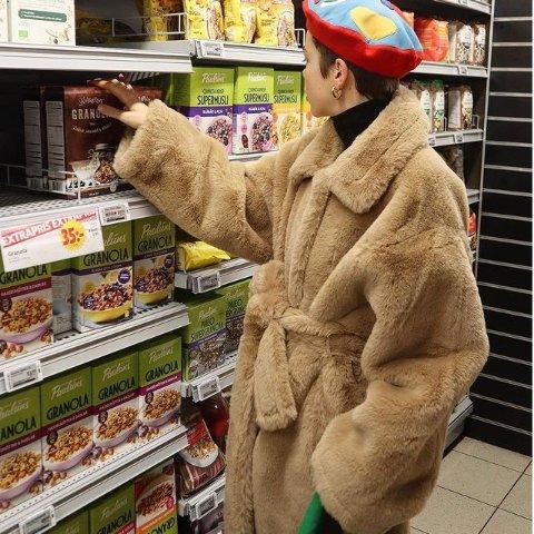 直接7折!€279收ins最热棕色大衣Stand Studio 泰迪熊大衣热卖 瑞典小众品牌 毛茸茸超温暖