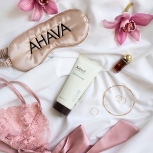 $10 Hand & Foot Creams(value $24)5 Days Of Deals. New Deals Revealed Daily @ AHAVA