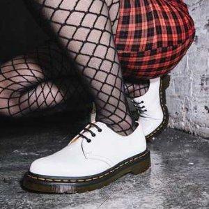 5折起 布灵布灵牛津鞋$109Dr Martens 白色牛津鞋$85、八孔马丁靴$140 腿精女孩来捡漏