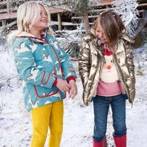 低至5折Mini Boden官网 童装大促,外套、毛衣、睡衣、T恤全是实用款