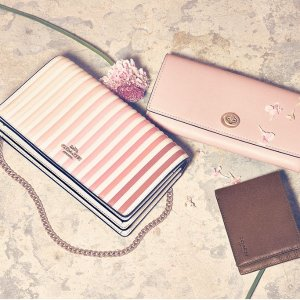 Gift For HerValentine Gift Tips@Coach