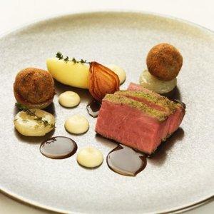 享9.5折 现价£89(原价£94)伦敦Seven Park Place 米其林餐厅 法式佳肴享双人折扣