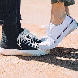 25% Off + Free ShippingLast Day: PF Flyers Sitewide Sale