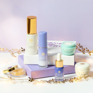 Dealmoon Exclusive! Complimentary Ageless Renewal Cream ($185 value) with $125+ purchase @ Tatcha