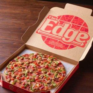 3种配料大披萨$10Pizza Hut 4款薄脆披萨回归  每口都有满满馅料 每个$12.99