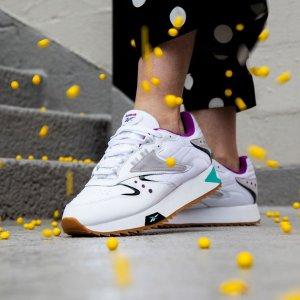 $34.99 + Free ShippingReebok 90's Classics Sneakers