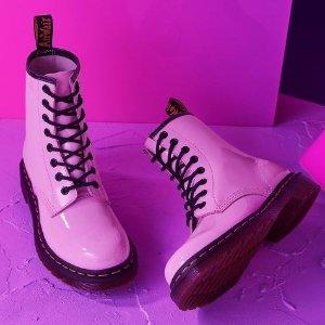 5折起+叠8.5折  €111收樱花粉1460Dr. Martens 马丁靴折扣区上新 1460马丁靴、1461小皮鞋都有