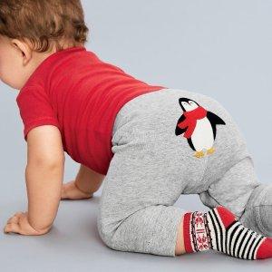 低至3折+无门槛包邮折扣升级:Carter's 童装清仓区特卖,包邮超后1天,0-8岁T恤长裤低至$3.99