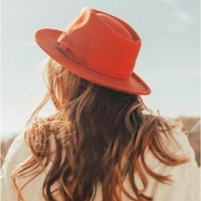 $4.99收网红女拖Urban Outfitters 精选女装、女鞋、家居特卖,点亮满屏粉红泡泡