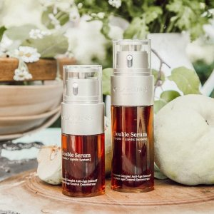 6-pc gift ($83 value)with purchase of $100 @ Clarins
