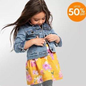 $4.79起 新品低至4.5折$9/条Carter's官网 儿童连衣裙2.5折起,女孩每天都爱穿