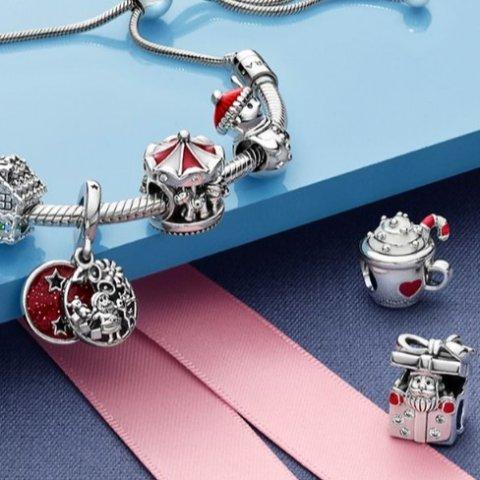 £45入圣诞版小熊维尼上新:Pandora 圣诞节日系列 手腕也要温暖和可爱