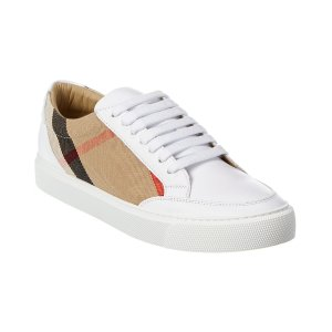 Burberry运动鞋
