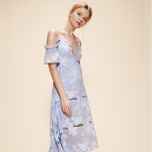 低至5折+额外7折 Lisa同款€147Self-Portrait 英国优雅仙女裙限时折上折 美到窒息明星都爱