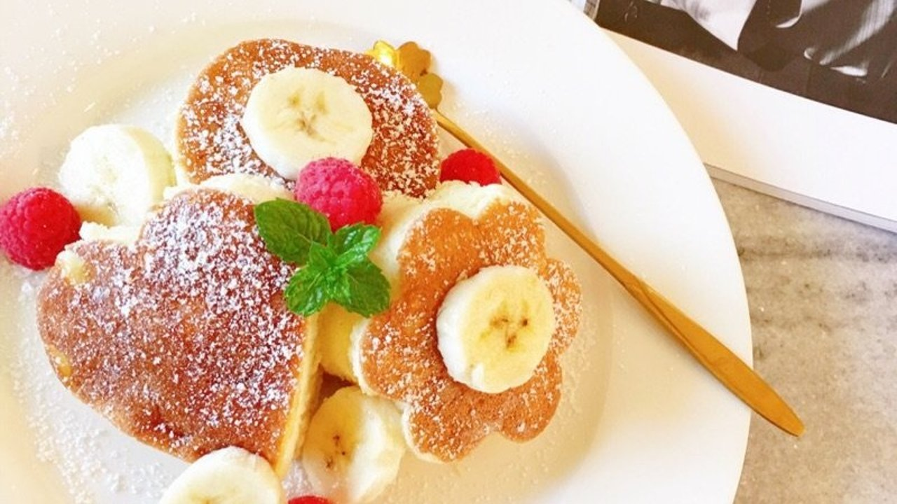 早餐DIY云朵般舒芙蕾松饼,你想尝一口吗?