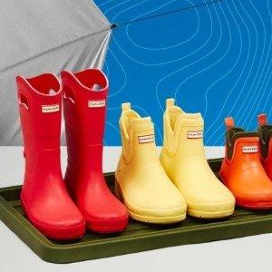 5折起+ 额外9折 +包邮Hunter 童鞋热卖 雨靴又降低至$37  $25收迪士尼雨伞