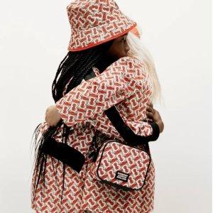 封面花色风衣 狂省$560+Burberry儿童服饰低至5折+额外8折热卖