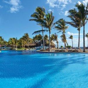 仅需$549 美国多地出发3/5晚坎昆Grand Oasis全包酒店+机票套餐超值特惠