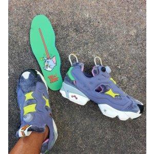 联名运动鞋