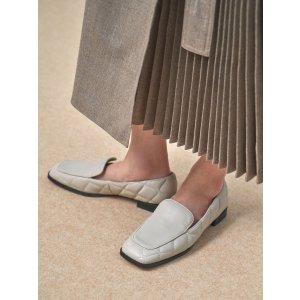 Charles & Keith菱格乐福鞋