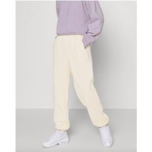 Nike奶白色运动裤