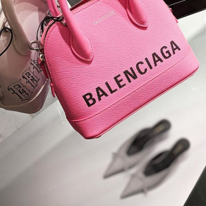 低至6折+额外9折Balenciaga 明星单品专场 收T恤、袜子鞋、机车包