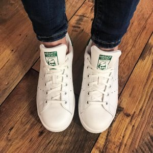 8d7bae5f9d92 Only  40 adidas Originals Kids  Stan Smith Leather White Green Comfort Shoe