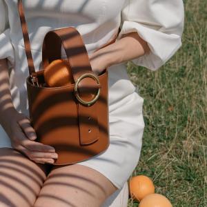 $225起 收最热小圆饼Parisa Wang 2019春夏新款上线