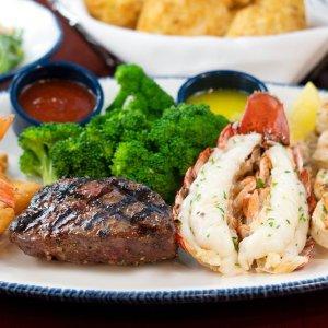 海鲜套餐$45.99起 多款可选上新:Red Lobster 约会夜套餐,520浪漫双人餐在家坐享