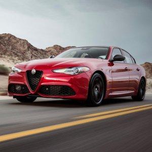 意大利情 法拉利心2018 Alfa Romeo Giulia 四门运动轿车
