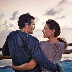 Best gift for this V-day10 romantic things you can do on the cruise