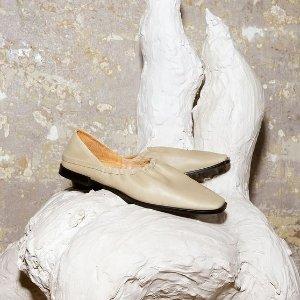 低至5折 €59收Falcon老爹鞋Sarenza 奥莱区淘好货 Clarks、阿迪、Reebok应有尽有