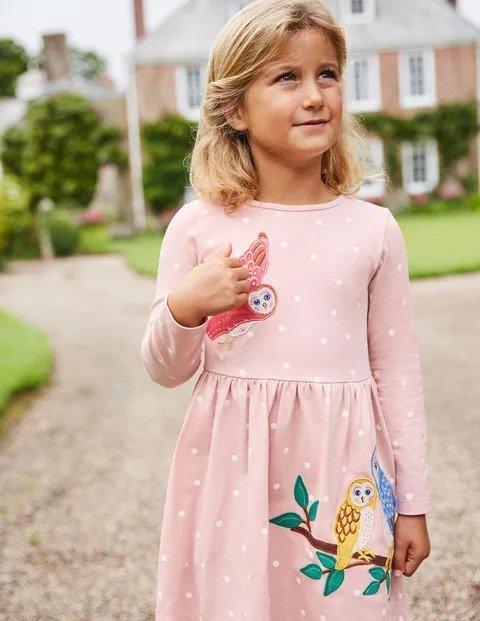 儿童贴布绣连衣裙