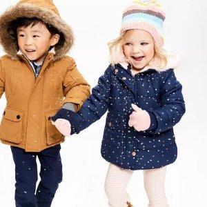 防风外套$8.99Carter's官网 儿童秋冬外套4-5折+满额8折热卖,最大14岁